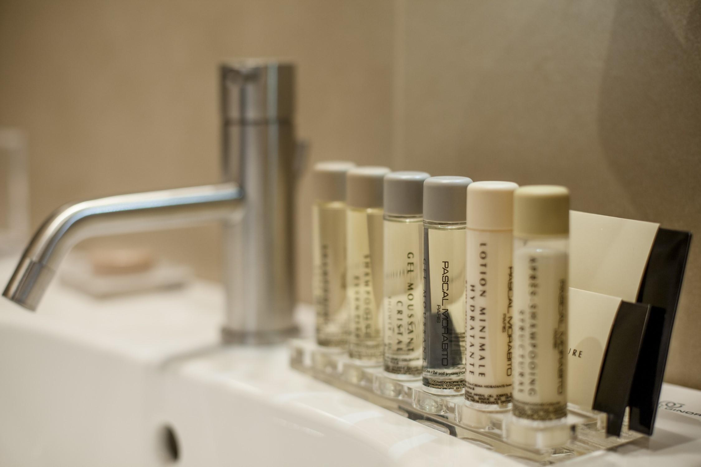 Linea Cortesia pascal Morabito Hotel 900 Giulianova Servizi Charme Luxury Business Leisure Vacanza