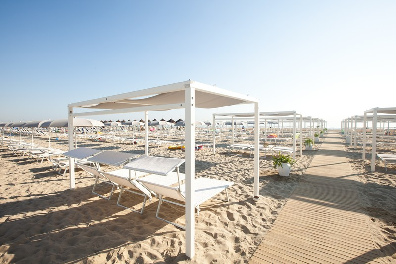 Novavita Beach Hotel 900 Giulianvoa