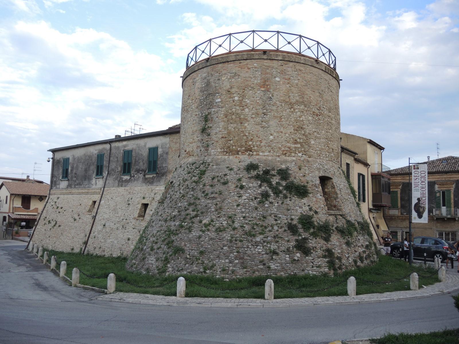 Giulianova Abruzzo Landscape Beautiful Hotel 900 Torrione History Castrumnovum