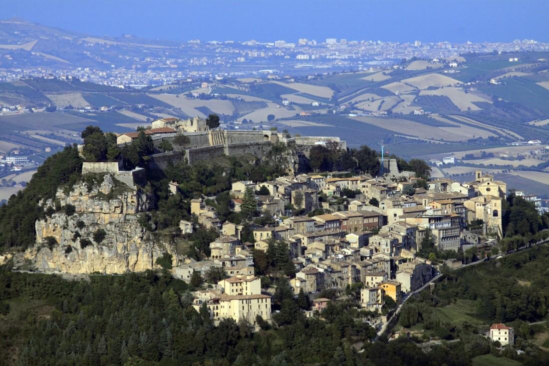 Civitella del Tronto Borgo Natura Abruzzo Meraviglie da scoprire