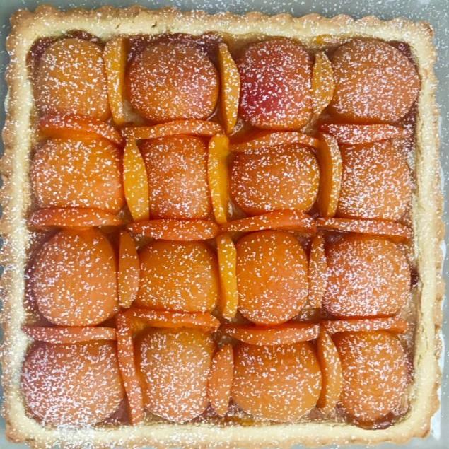 Crostata quadrata di albicocche Hotel 900 Cake Torta Homemade Fatta in casa