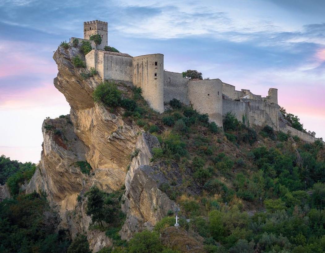 Roccascalegna Abruzzo Castello Natura Landscape